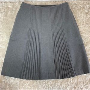Dresses & Skirts - Grey Pleated Sz 6 Career Stretch Separates